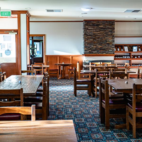 Milawa Hotel Bistro Area